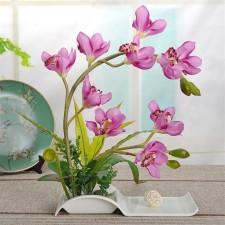 Аранжирани цветя за студените месеци